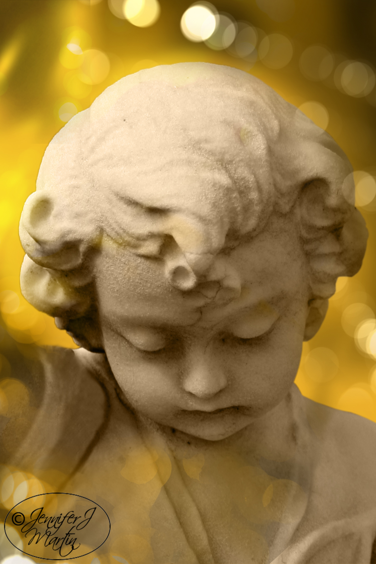 Cherub Gazing Down - Golden